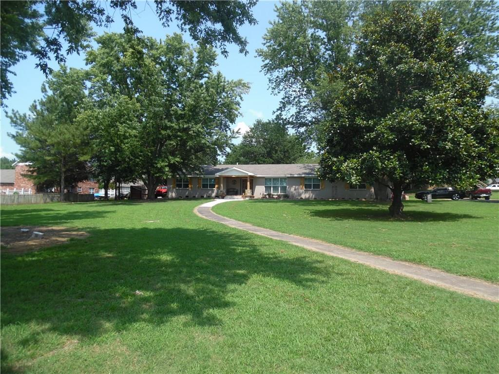 2703 Phillips AVE, Sallisaw, OK 74955