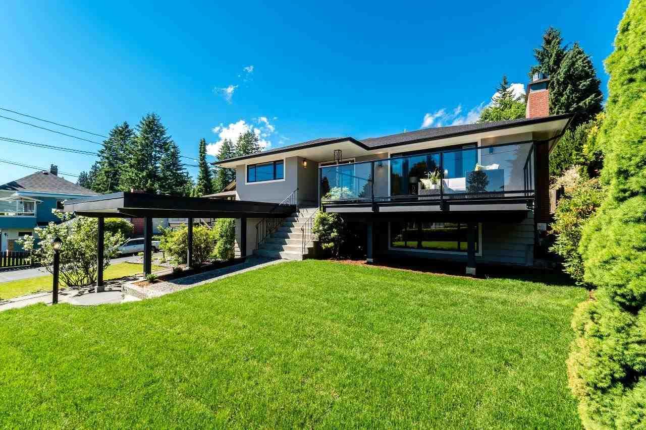 112 W ST. JAMES ROAD, North Vancouver, BC V7N 2P2