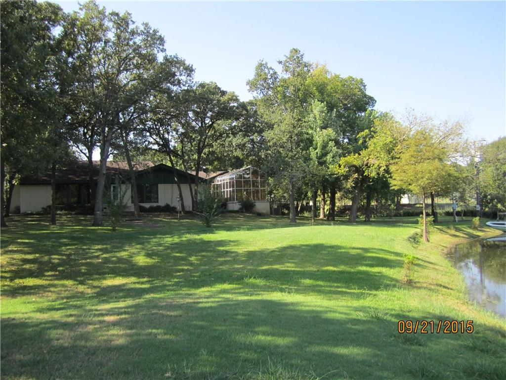 300 Country Club Road, Decatur, TX 76234