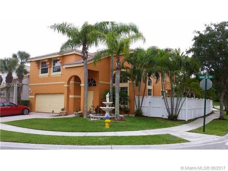 15622 NW 5th St, Pembroke Pines, FL 33028