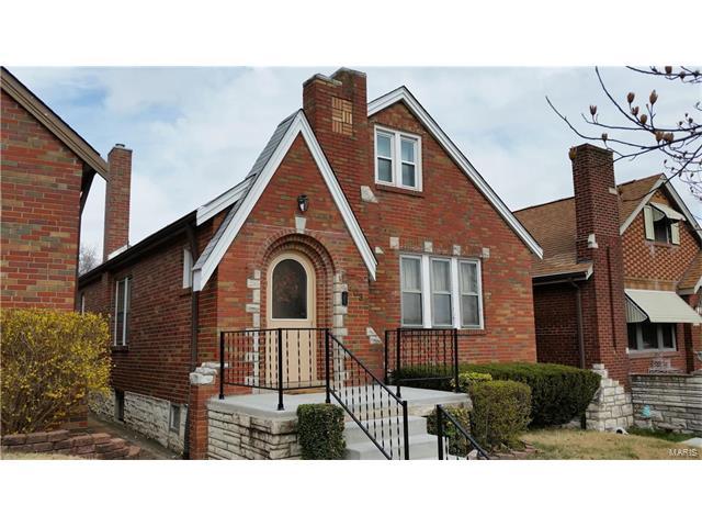 4035 Fairview Avenue, St Louis, MO 63116