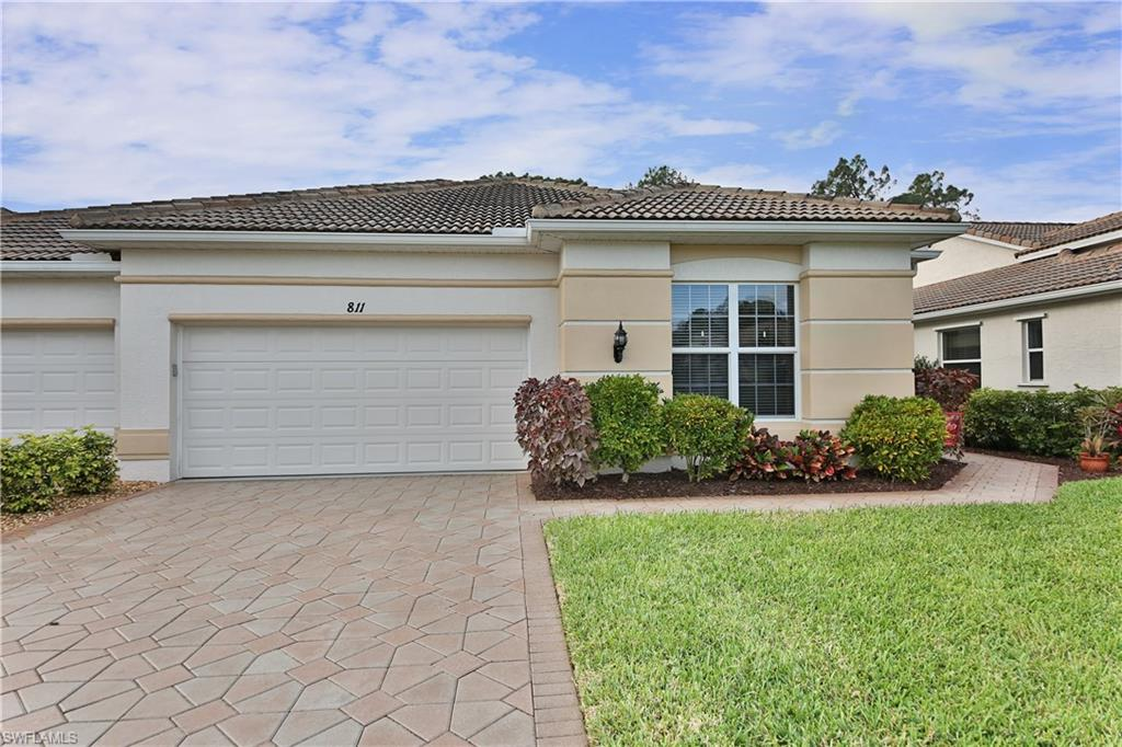811 Grafton CT, NAPLES, FL 34104