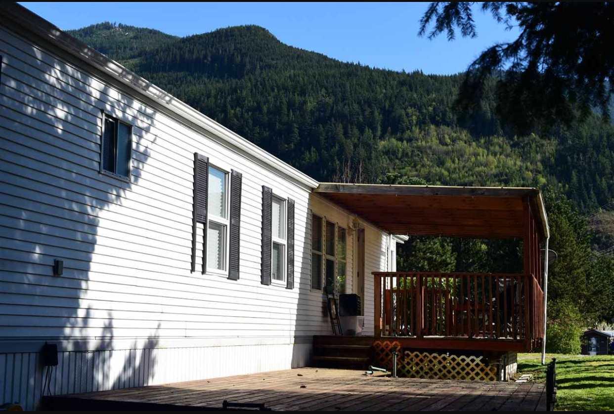 816 MINATY LANE, Squamish, BC V0N 1J0