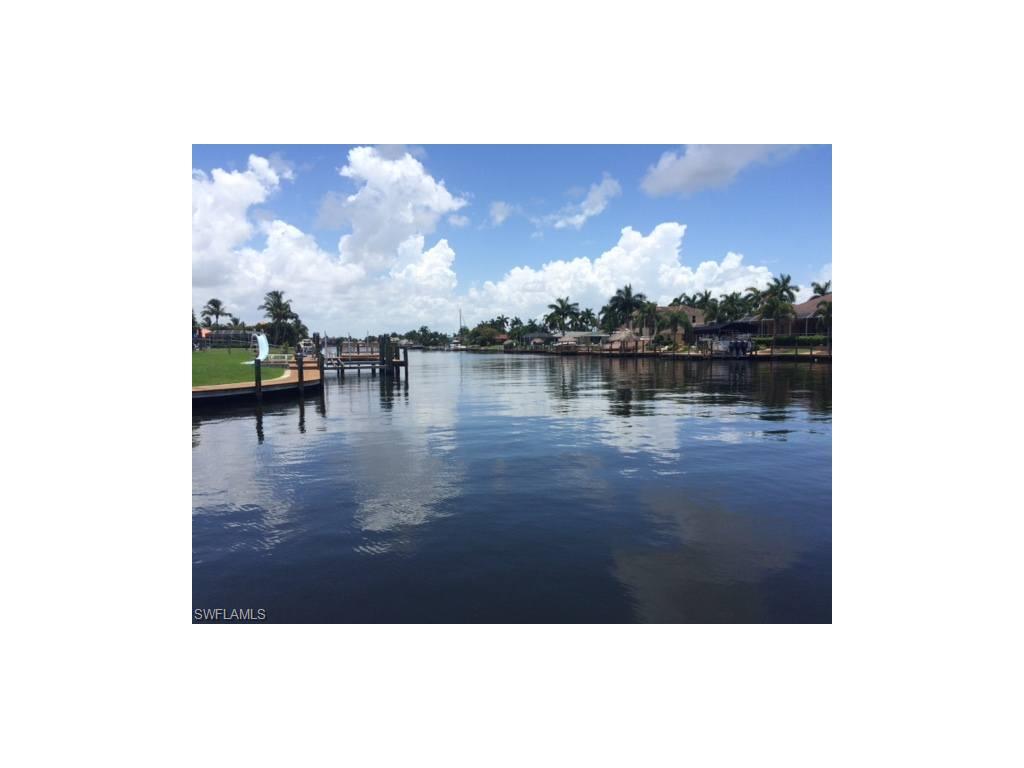 5349 Bayshore AVE, CAPE CORAL, FL 33904