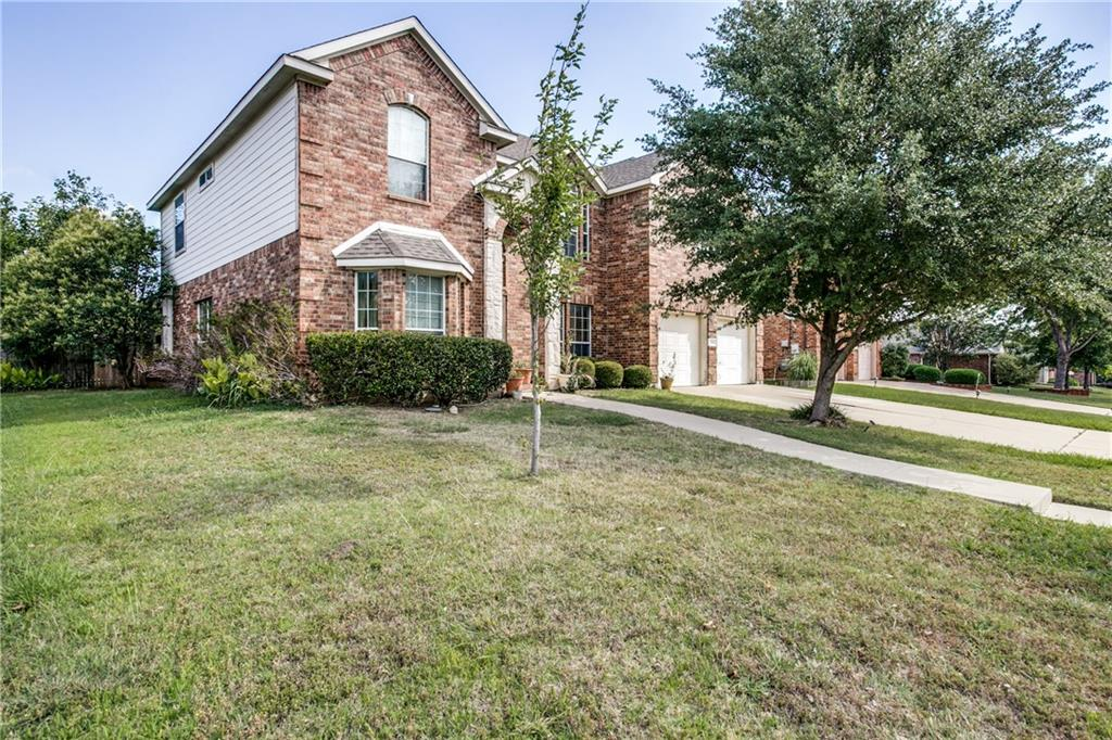 709 Manchester Drive, Mansfield, TX 76063