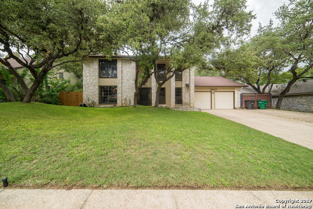 13527 Hollow View St, San Antonio, TX 78232