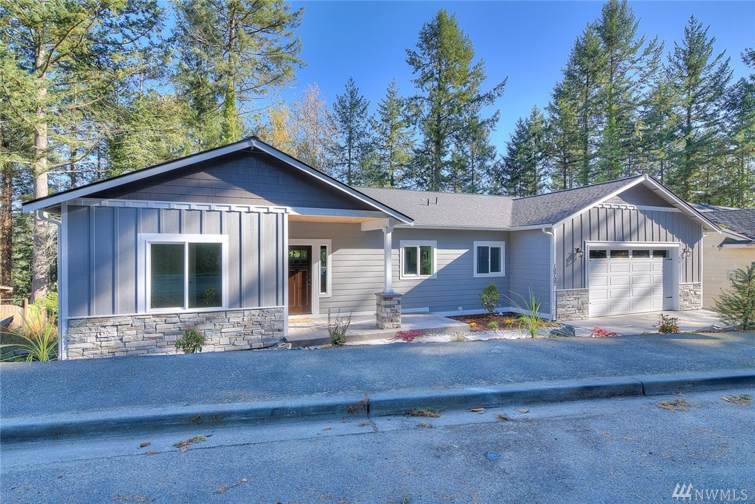 10707 83rd Ave SW, Lakewood, WA 98498