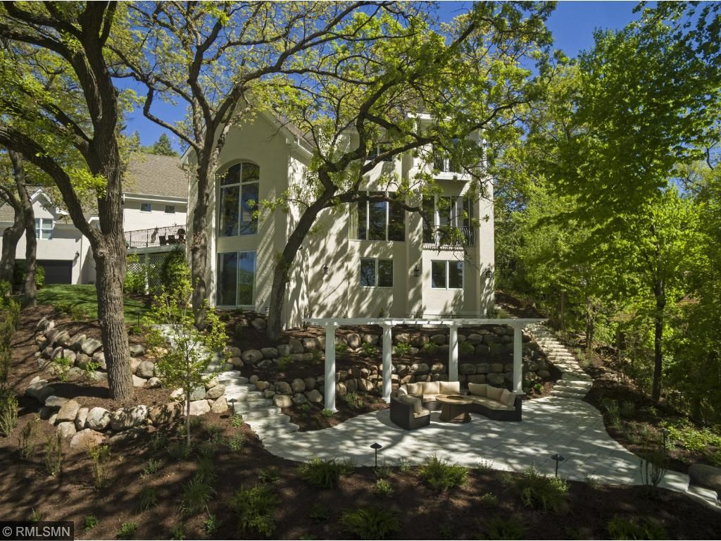 817 Westwood Drive S, Golden Valley, MN 55416