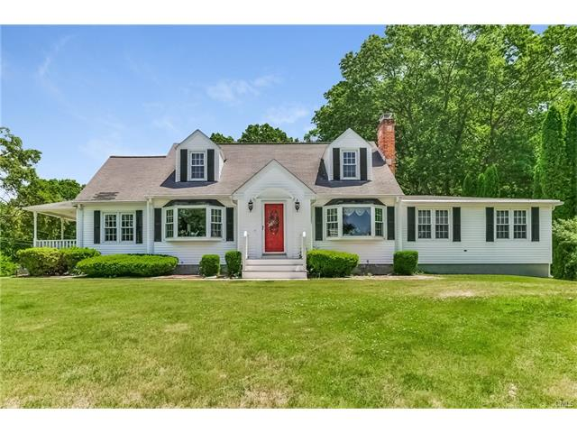 21 Colony Road, Seymour, CT 06483