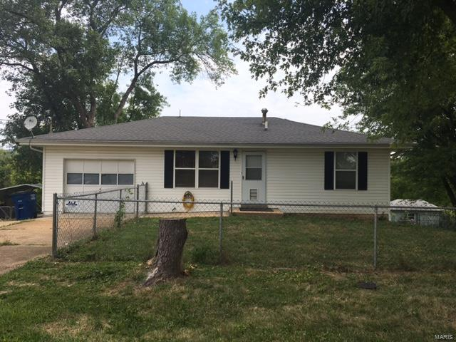 2764 Old Gray Summit Road, Pacific, MO 63069