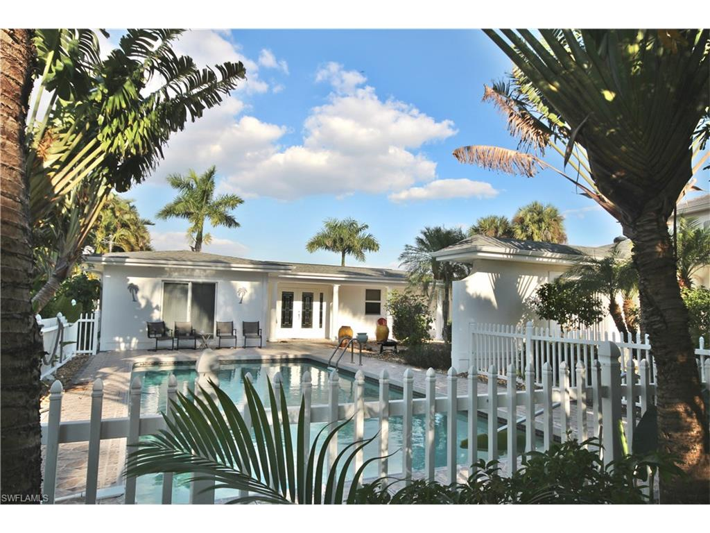 540 Randy LN, FORT MYERS BEACH, FL 33931
