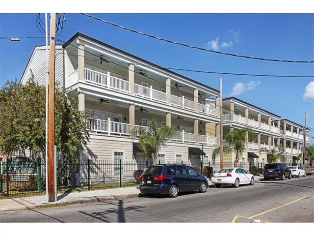 3205 CARONDELET Street 101, New Orleans, LA 70115