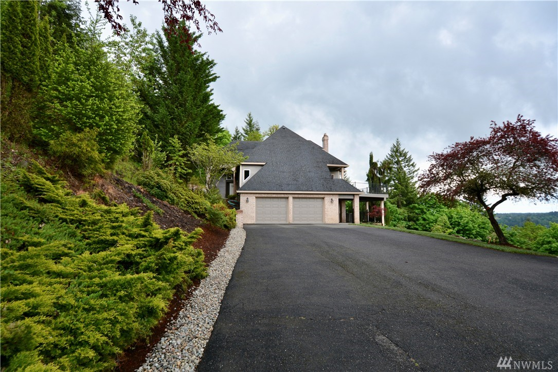 4511 NW Griffith Rd, Woodland, WA 98674