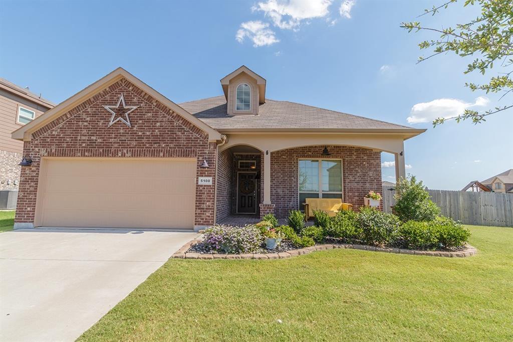 5100 Crystal Lake Avenue, Krum, TX 76249
