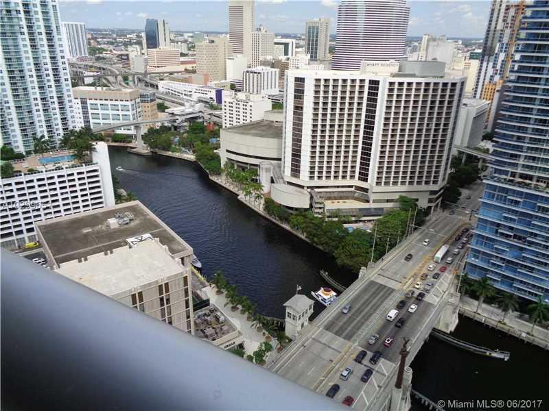485 Brickell Ave 3003, Miami, FL 33131