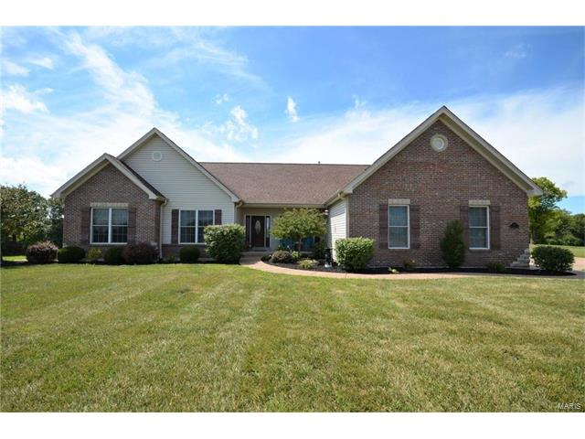 31 Town And Country Lane, Troy, MO 63379