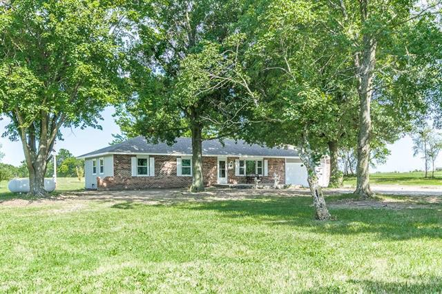 28621 S State Route Dd Highway, Harrisonville, MO 64701
