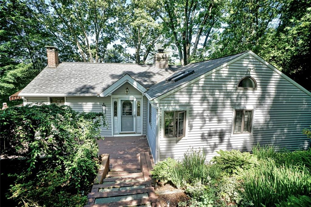 909 Candlewood Lake Road S, New Milford, CT 06776