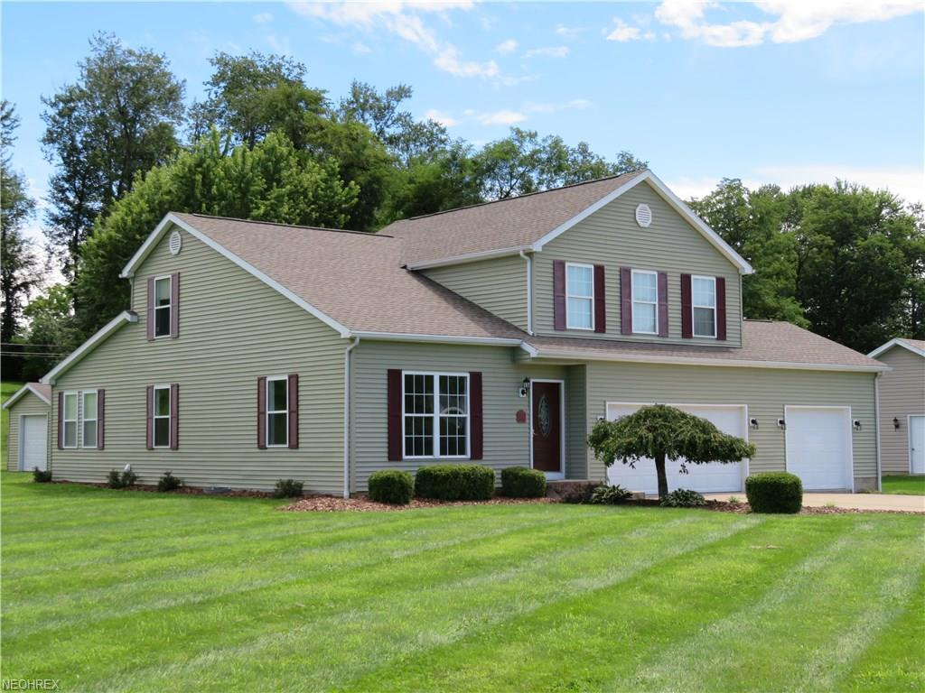 2870 Christy Ln, Zanesville, OH 43701