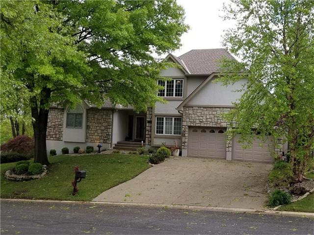 18121 Fall Drive, Independence, MO 64055