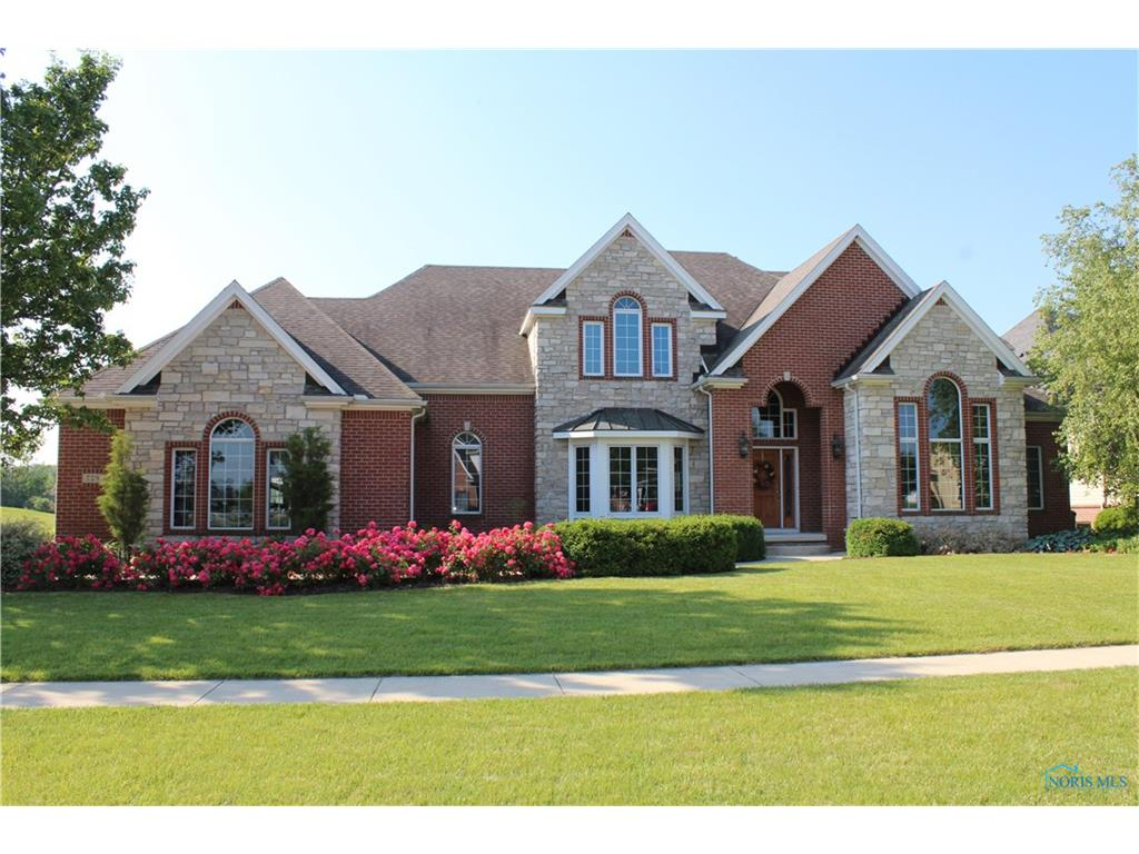 729 Pine Valley Drive, Bowling Green, OH 43402