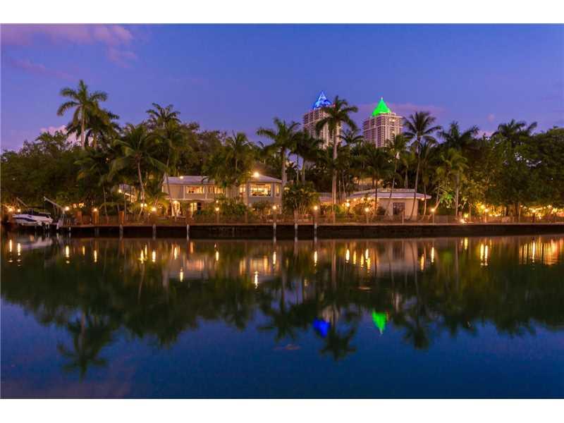 4950 Pine Tree Dr, Miami Beach, FL 33140