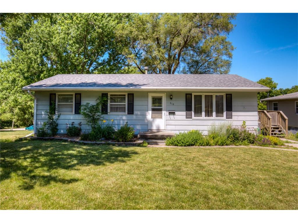 310 S 7th Street, Winterset, IA 50273
