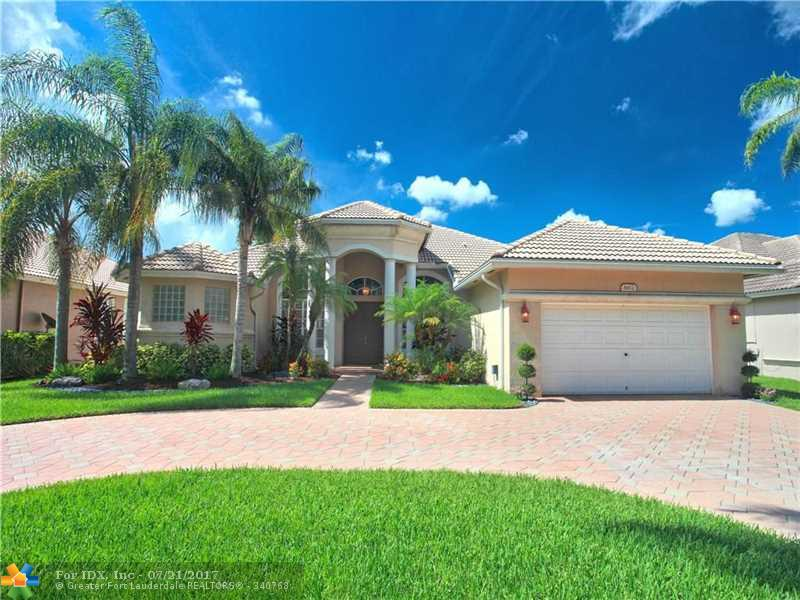 6472 NW 56th Dr, Coral Springs, FL 33067