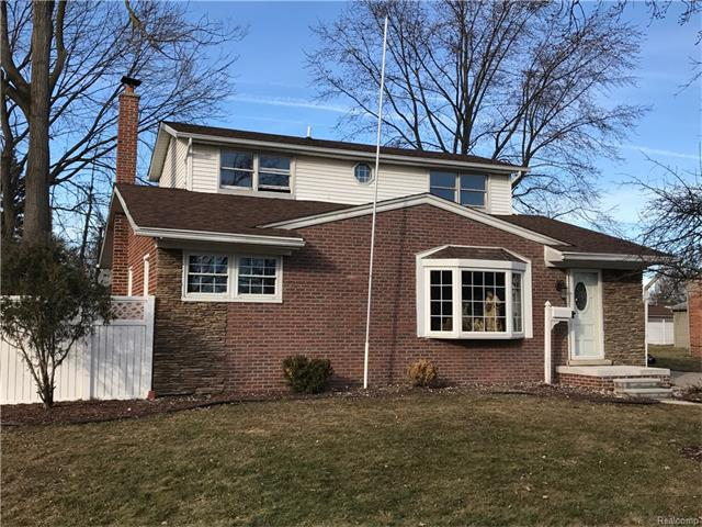 230 WINRY DR, Rochester Hills, MI 48307