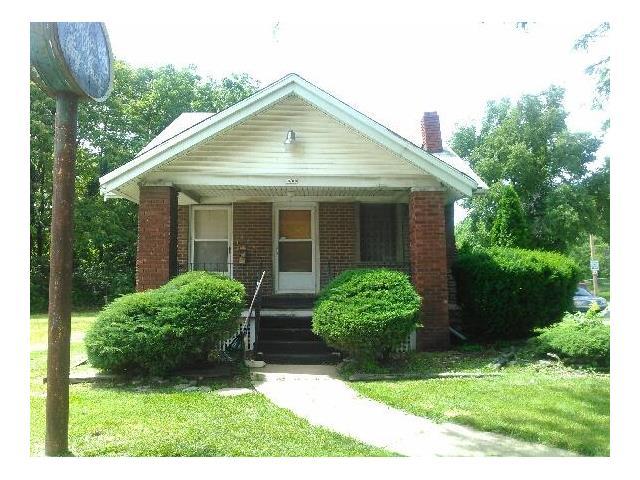 6800 Prospect Avenue, Kansas City, MO 64132