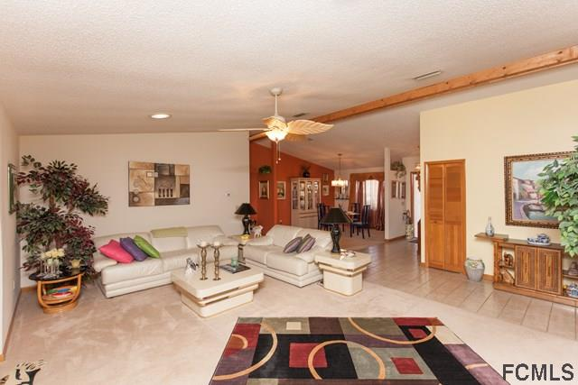 Photo 5 for Listing #227137