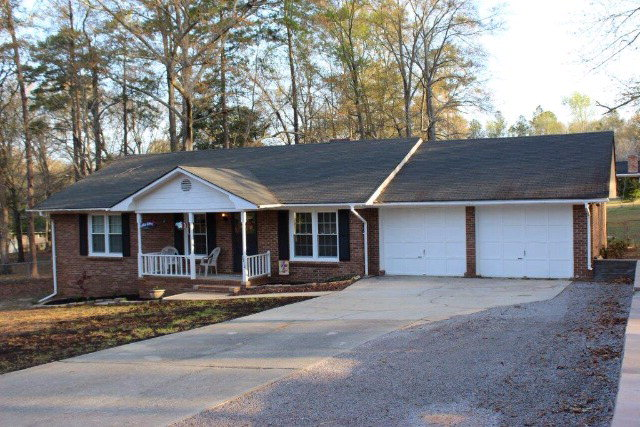 6414 QUIMBY RD, Dalzell, SC 29040