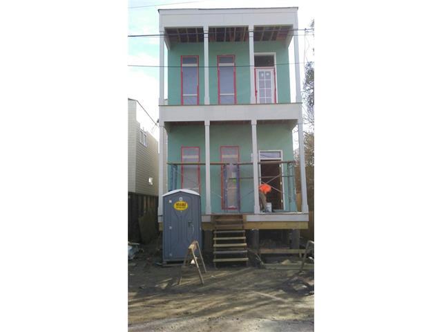 4822 COLISEUM Street, New Orleans, LA 70115