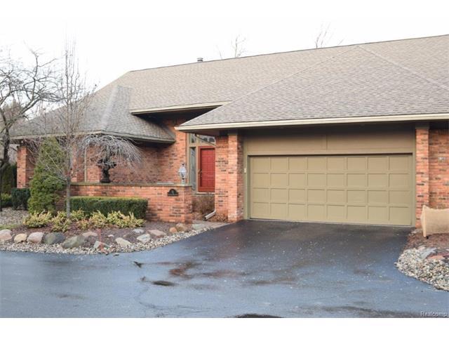 15 KINGSLEY MANOR CRT, Bloomfield Hills, MI 48304