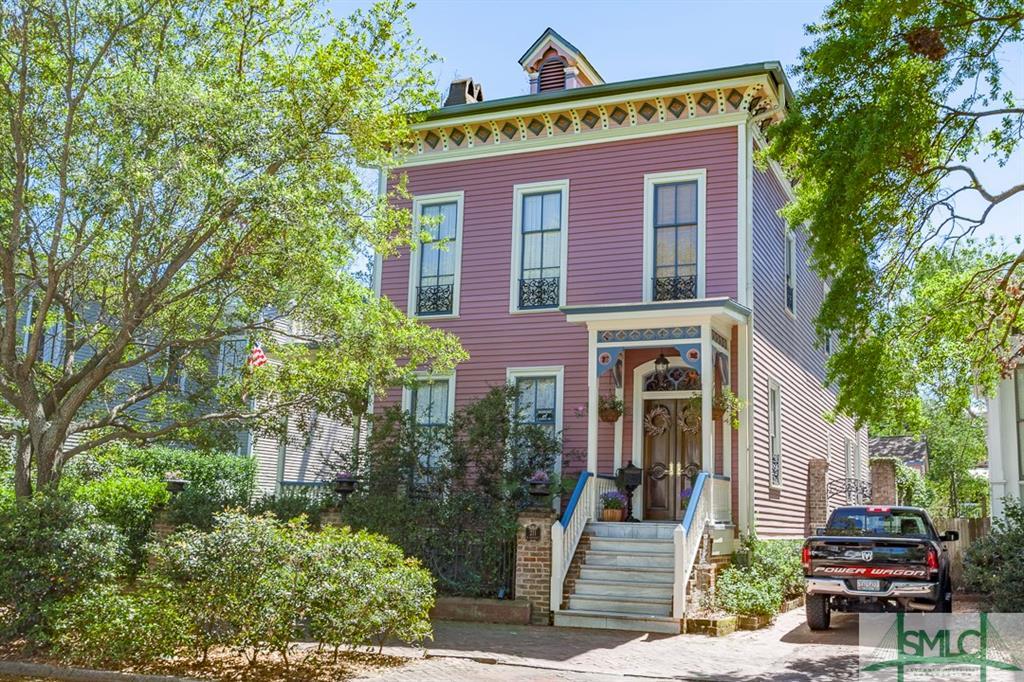 211 W Gwinnett Street, Savannah, GA 31401