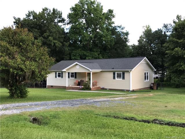 608 Catawba Circle N, Matthews, NC 28104