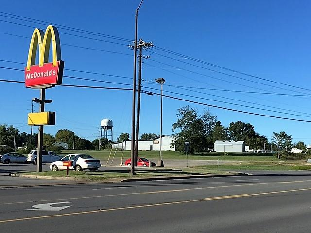 471 Main St E, Hohenwald, TN 38462