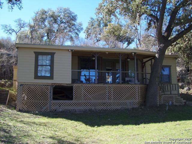 125 Lakeshore Terrace, Bandera, TX 78003