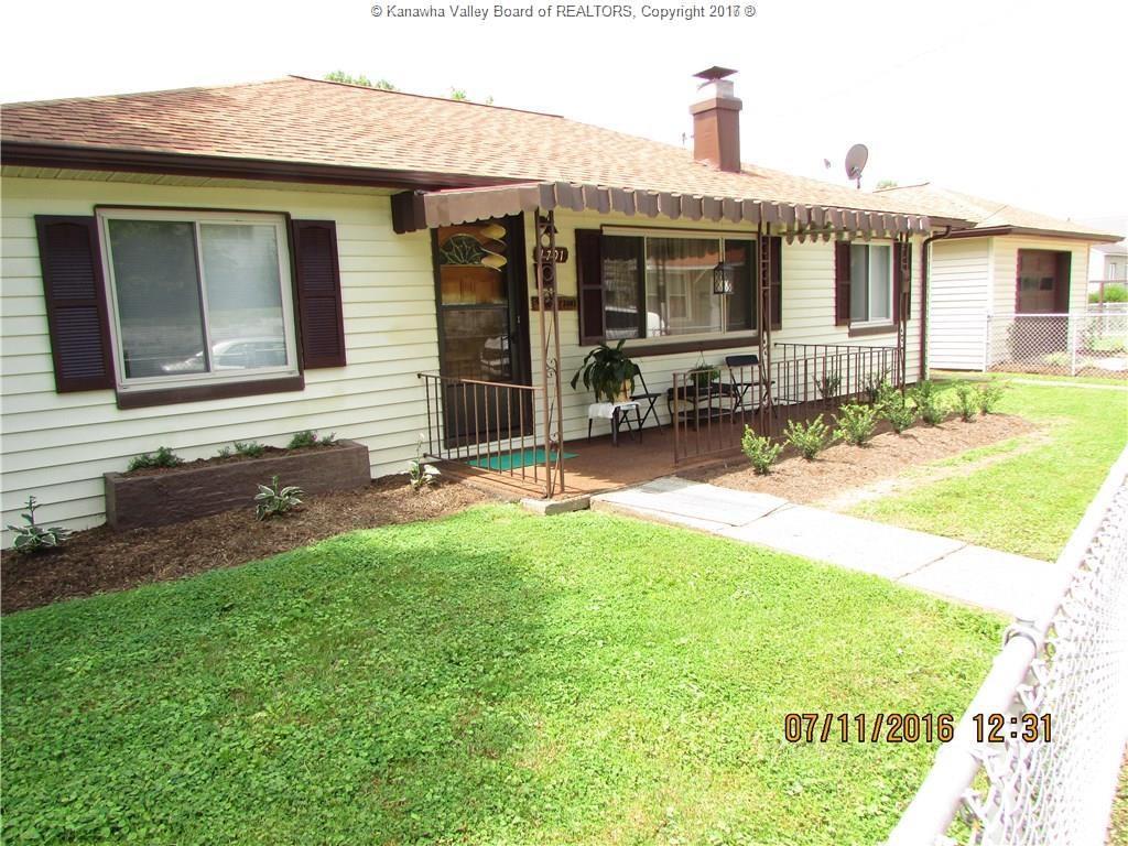 1701 Fletcher Avenue, Dunbar, WV 25064