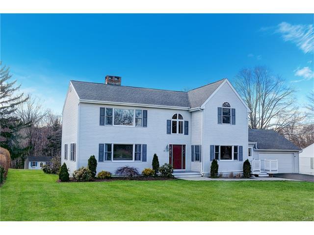 28 Hilltop Manor, Danbury, CT 06811