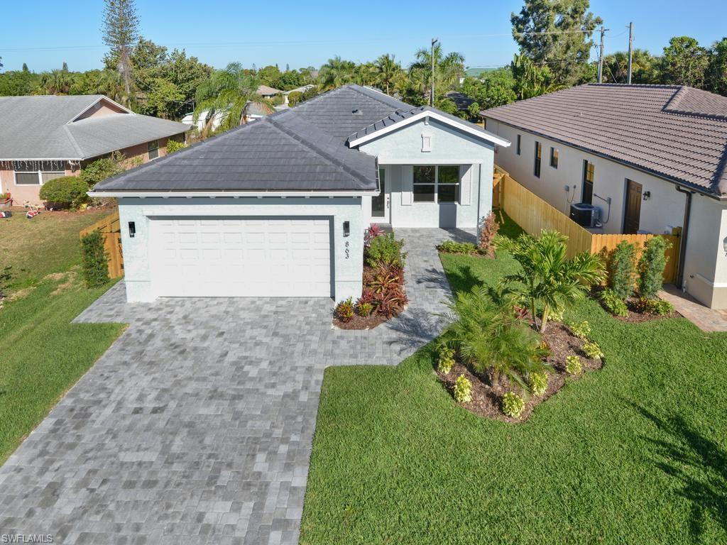 863 104th AVE N, NAPLES, FL 34108