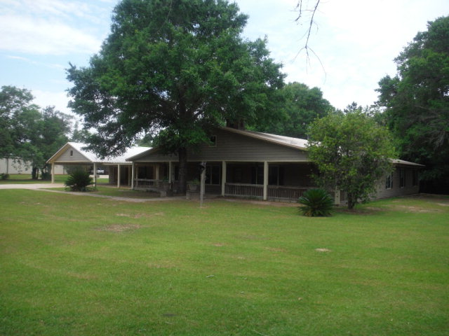 9175 County Road 99, Lillian, AL 36549