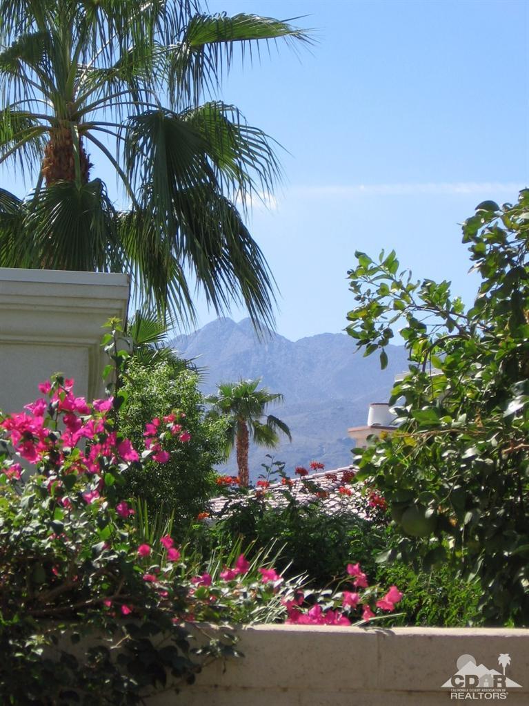 80853 Via Puerta Azul, La Quinta, CA 92253