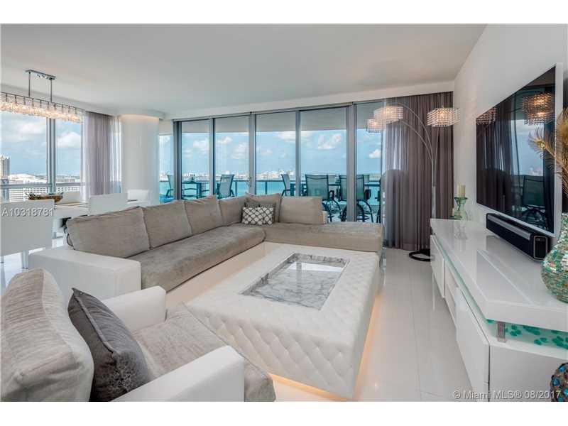 1331 brickell bay drive 2501, Miami, FL 33131