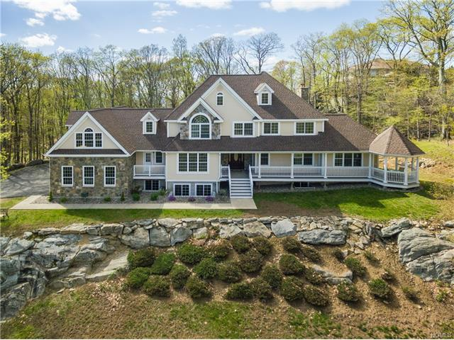 291 Woodmont Road, Hopewell Junction, NY 12533