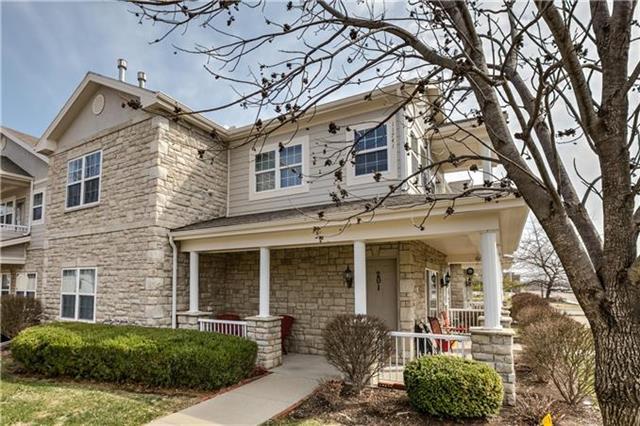 11741 S Roundtree Street, Olathe, KS 66061