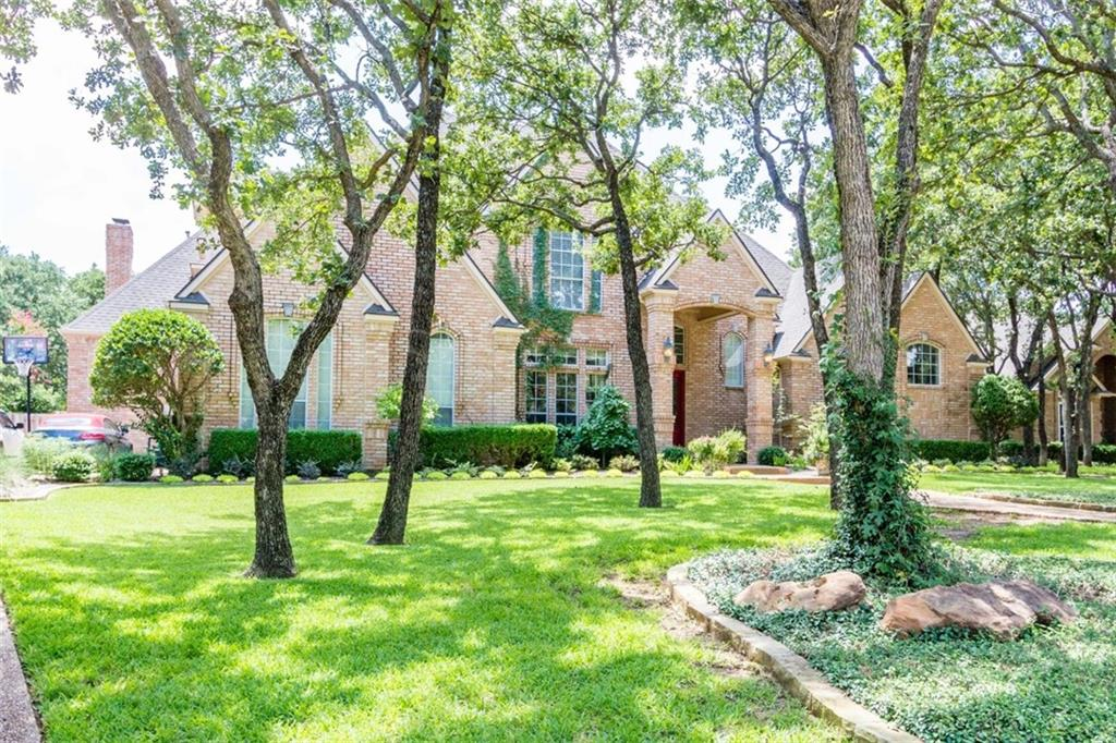 924 Williamsburg Lane, Keller, TX 76248