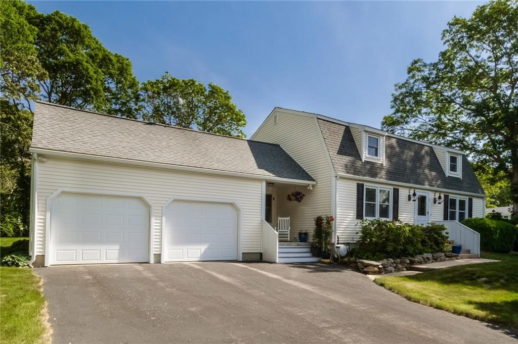 39 Secluded DR, South Kingstown, RI 02879