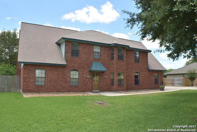 113 N Lake Village Road, Seguin, TX 78155