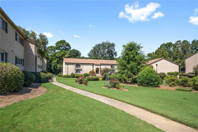 3216 Henderson Mill Road 4, Atlanta, GA 30341